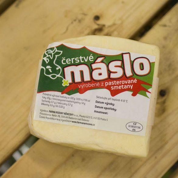 Maslo z farmy rodiny Němcovy